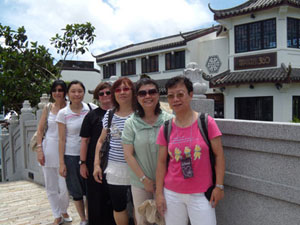 HK SYP fans visit the Big Buddha